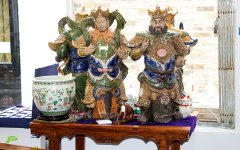 chris_tapsell_oriental_antiques_005.jpg